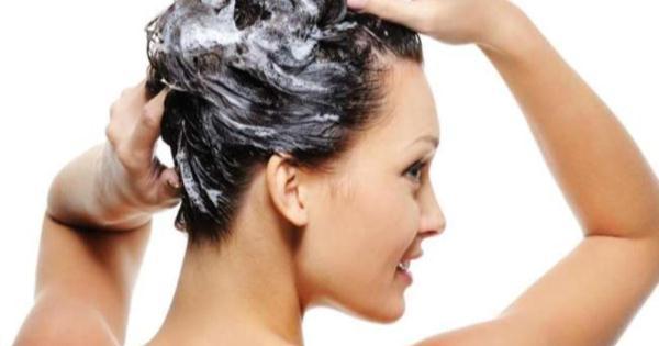 現在才知道不只能洗頭!「洗髮乳」竟有人拿來這樣用!千萬不要害羞,快告訴給男朋友知道....